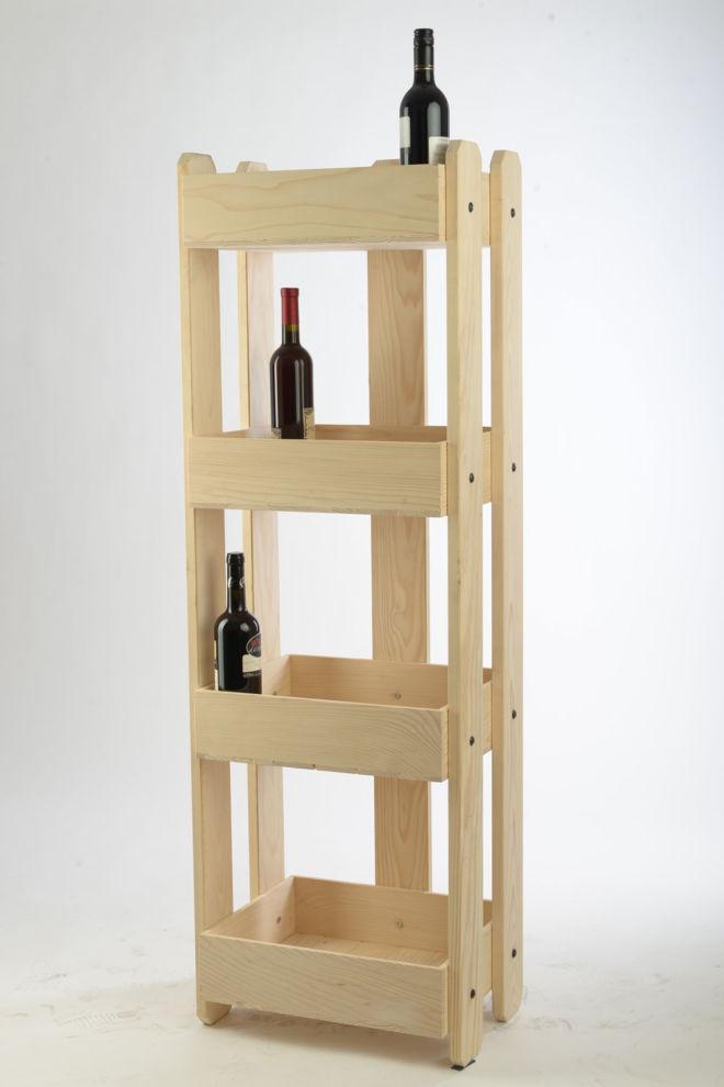 drvena polica za vino