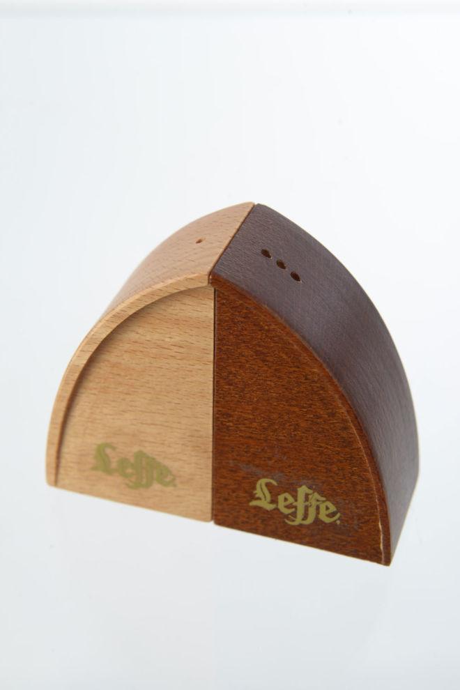 drveni posipac za so i biber