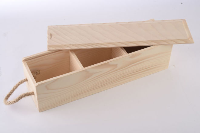 WOODEN NATUR BOX WITH PARTITIONS