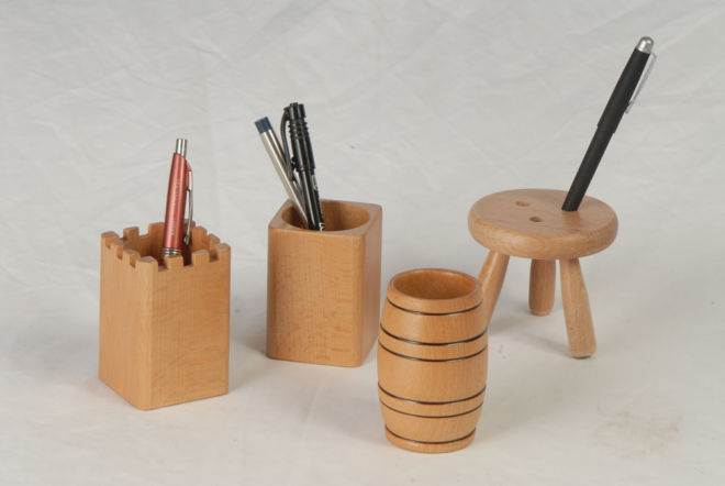 WOODEN PENCIL CUPS