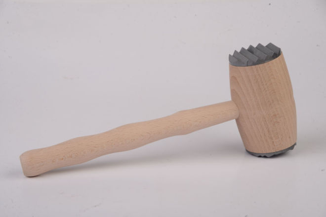 WOODEN HAMMER FOR MEAR