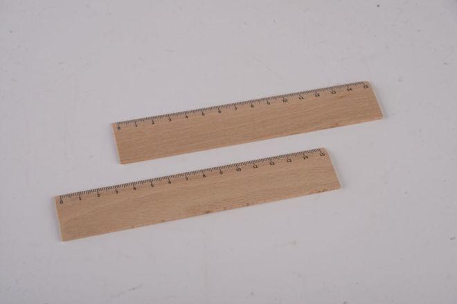 righello di legno