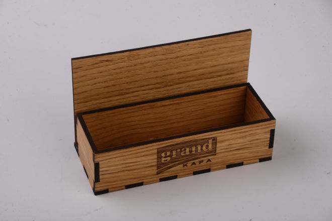 MENU HOLDER WITH SUGAR COMPARTMENTS