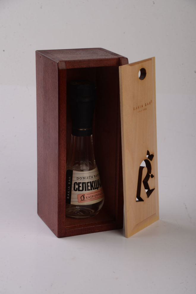 BOX FOR SMALL GLASS BOTTLE FOR BRANDY