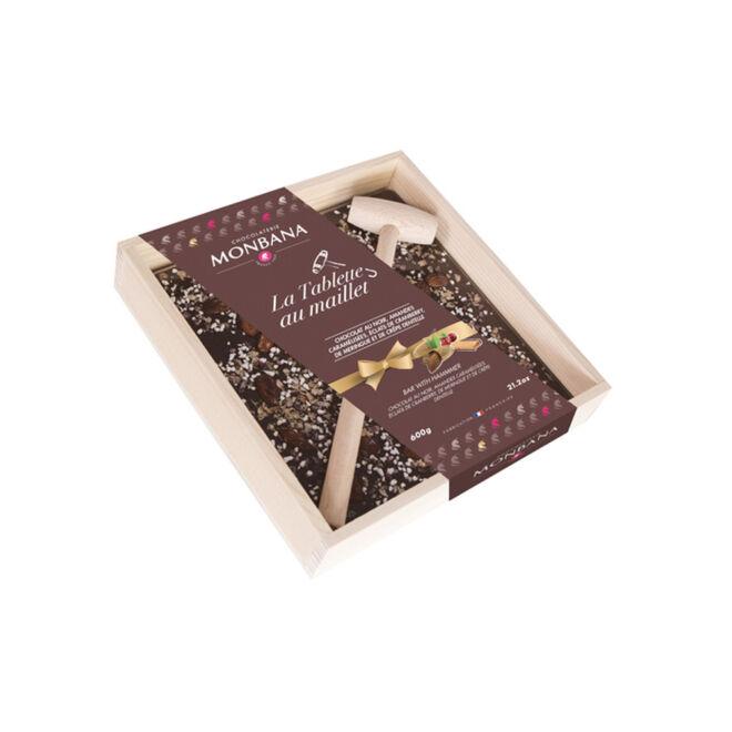 drvena kutija za čokoladu sa čekicem