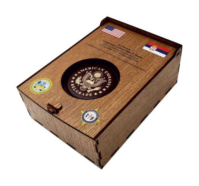 drvena kutija za flašu